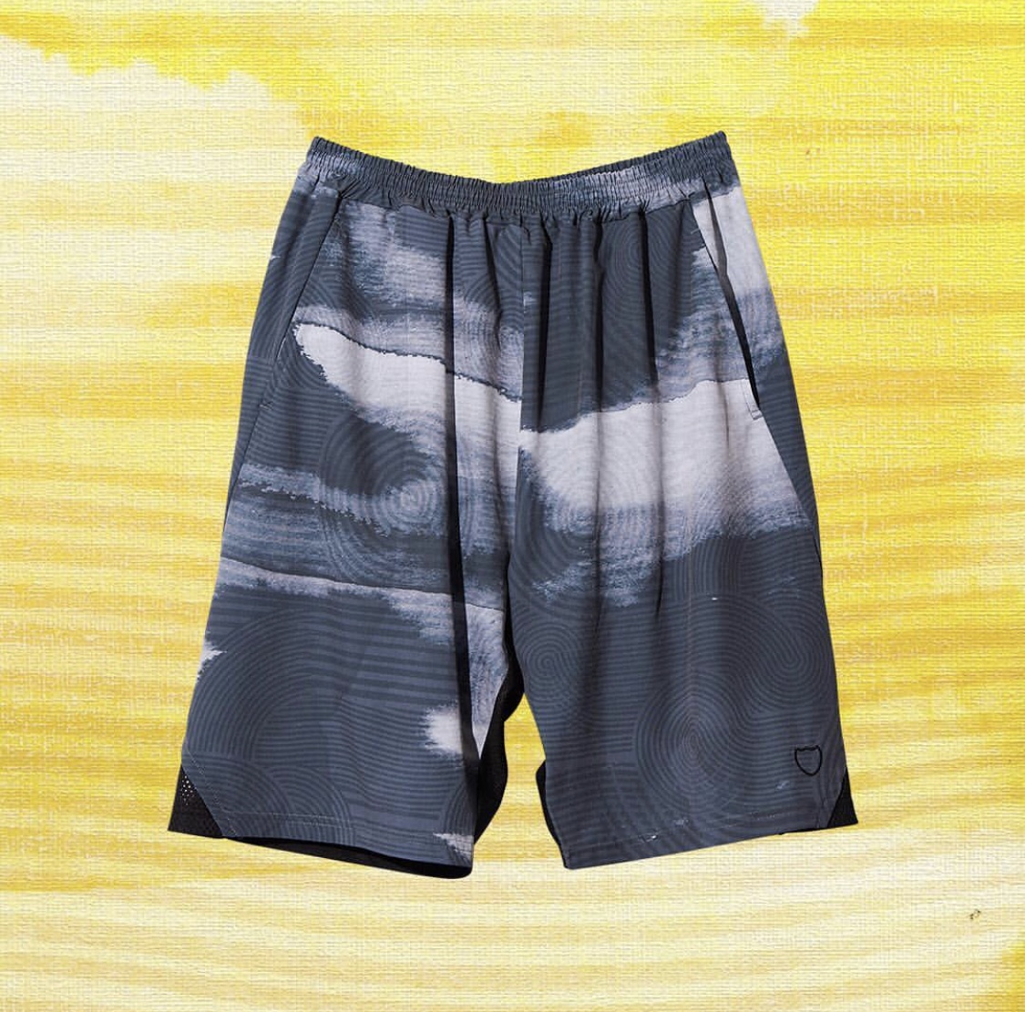 AKTR RIPPLE FLOW SHORTS BLACKのイメージ